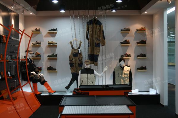意大利百塔工业品贸易展厅设计图片3