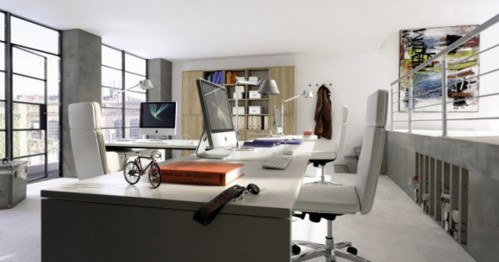 該辦公室裝修平面基本是個正方形