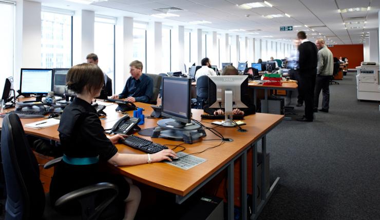国外办公室装修设计欣赏 jhc科技 办公室装修配图 5