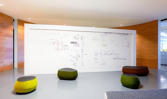 国外办公室装修设计欣赏:belkin电子