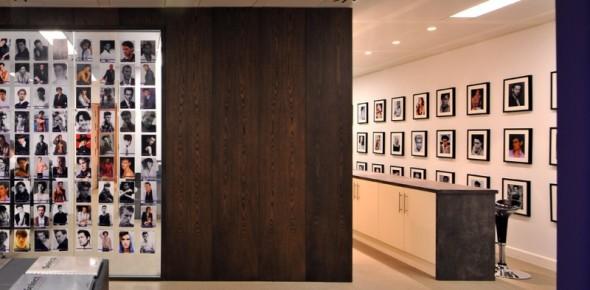 国外经纪公司办公室装修 select model manag 高清图片